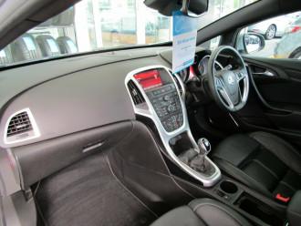 2015 MY15.5 Holden Astra PJ MY15.5 GTC Sport Hatchback image 19
