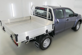 2019 Isuzu UTE D-MAX SX Crew Cab Chassis 4x4 Cab chassis Image 2