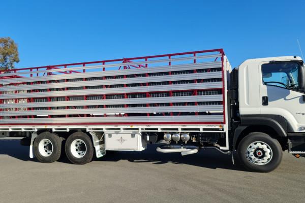 2021 Isuzu Fx Series FX FXY240-350 Livestock truck