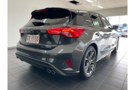 2020 MY20.25 Ford Focus SA  ST-Line Hatchback Image 5