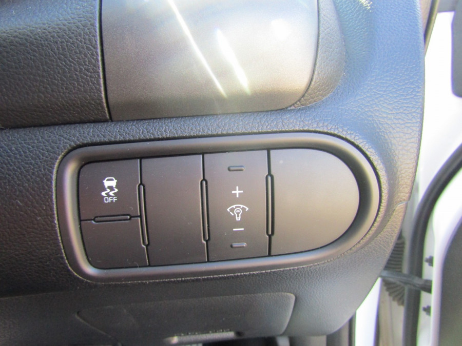 2017 Kia Cerato YD MY17 S Hatchback Image 14