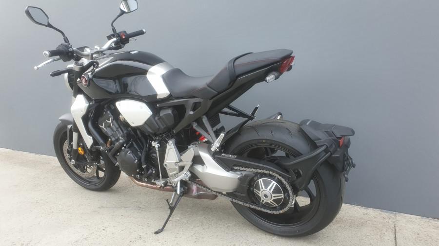2019 Honda CB1000R CB1000R Image 14