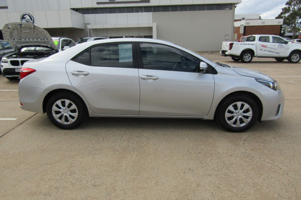 2015 Toyota Corolla ZRE Ascent Sedan Sedan