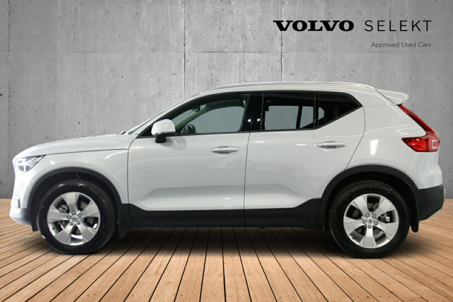 2019 MY20 Volvo XC40 536 MY20 T4 Momentum (FWD) Suv Image 2
