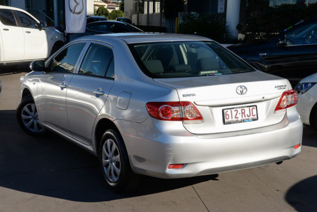 2010 Toyota Corolla ZRE152R Ascent Sedan Image 2