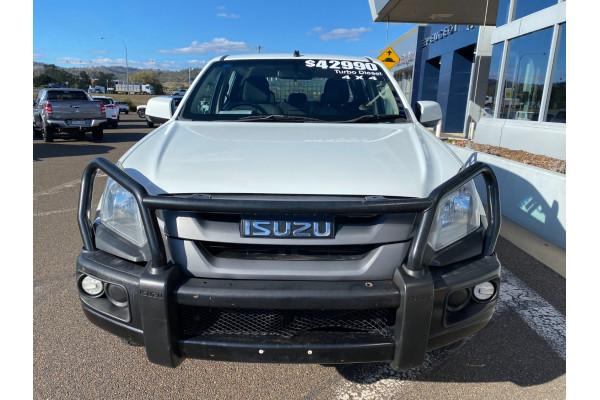 2016 MY17 Isuzu Ute D-MAX Turbo SX Cab chassis Image 4