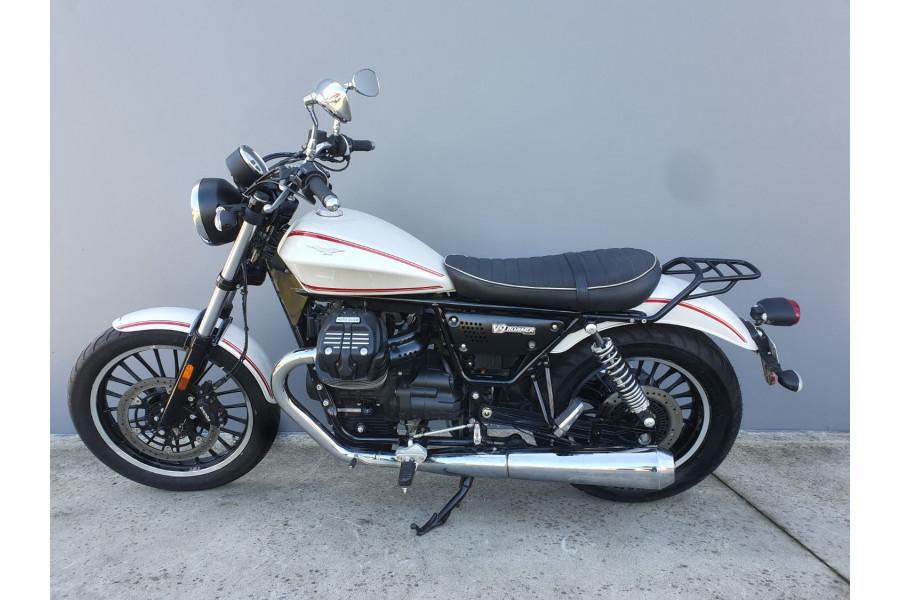 2016 Moto Guzzi V9 Roamer Motorcycle