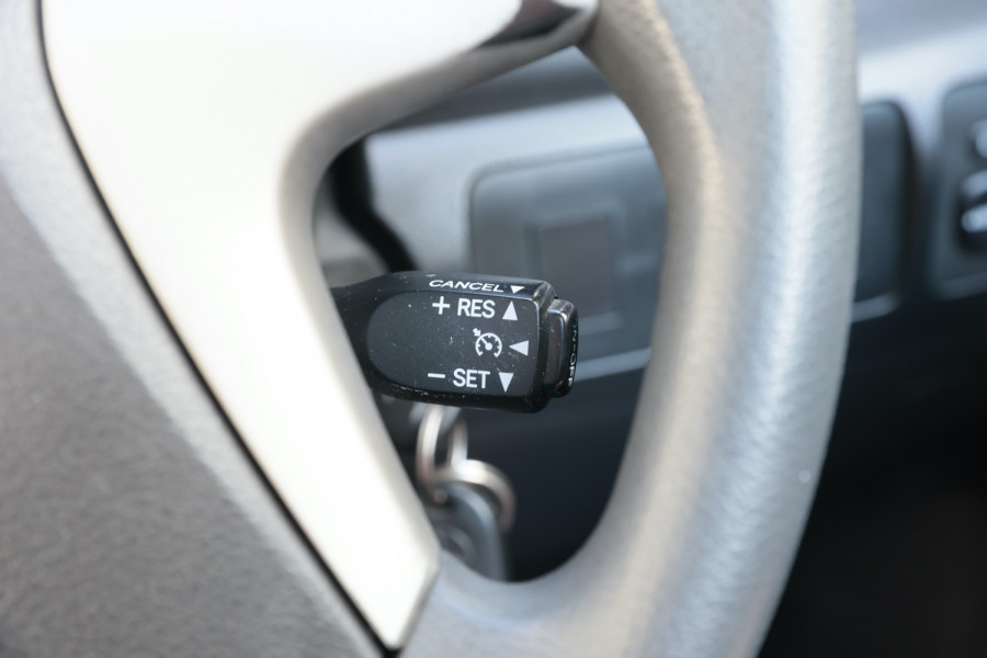 2007 Toyota Aurion GSV40R AT-X Sedan Image 17