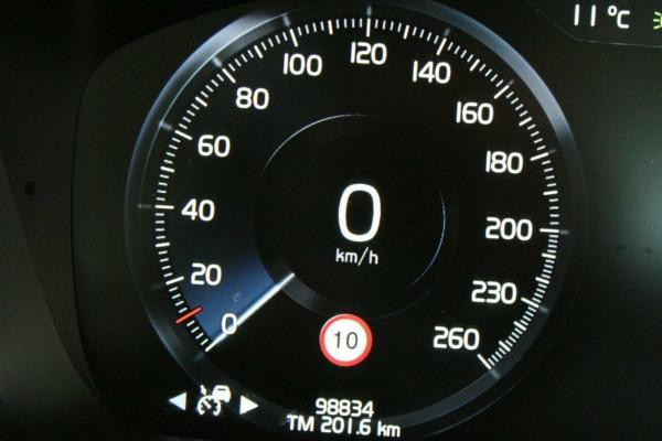 2015 MY16 Volvo XC90 L Series  D5 D5 - Momentum Suv Image 4