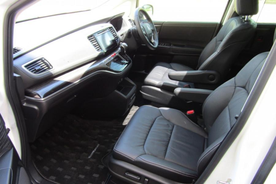 2015 MY16 Honda Odyssey 5th Gen VTi-L Wagon Image 15
