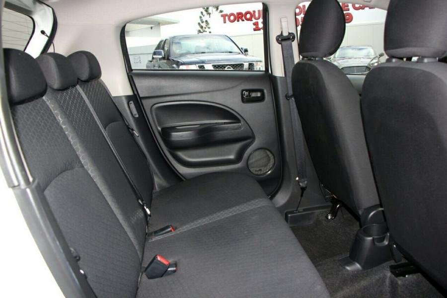 2015 Mitsubishi Mirage LA ES Hatchback