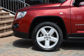 2012 Jeep Compass MK MY12 Limited Suv Image 5
