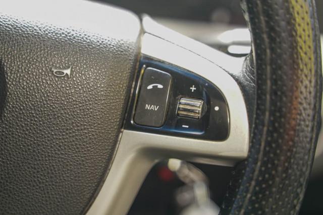 2011 Holden Commodore VE Series II SV6 Wagon Image 5