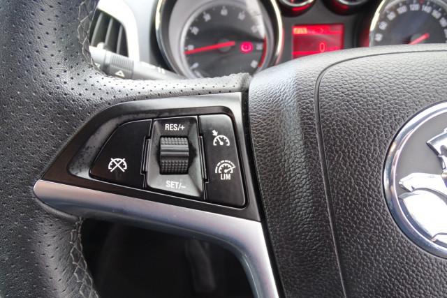 2015 Holden Astra GTC Sport 13 of 21