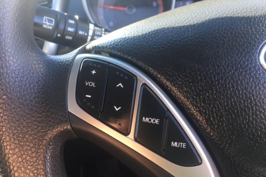 2015 Hyundai I30 Image 18