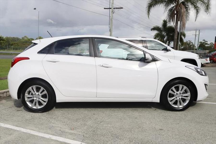 2012 Hyundai I30 GD Elite Hatchback Image 6