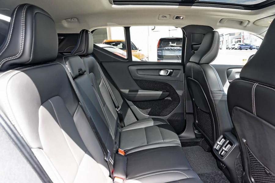 2020 MY21 Volvo XC40 XZ T4 Inscription Suv Image 17