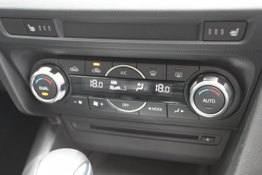 2016 Mazda 3 BM5238 SP25 Sedan Image 15