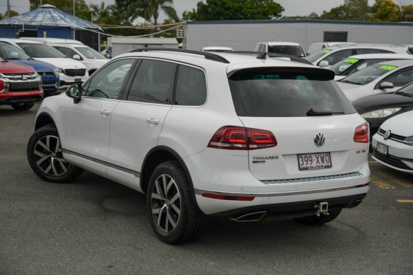 2017 MY18 Volkswagen Touareg 7P MY18 Monochrome Tiptronic 4MOTION Suv Image 2