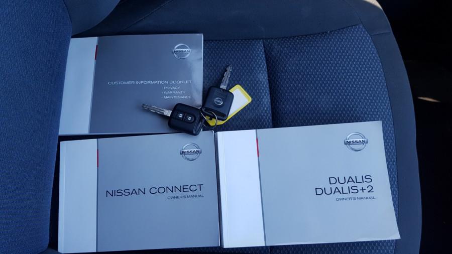 2013 MY12 Nissan DUALIS J107 Series 3 +2 ST Hatch Image 21