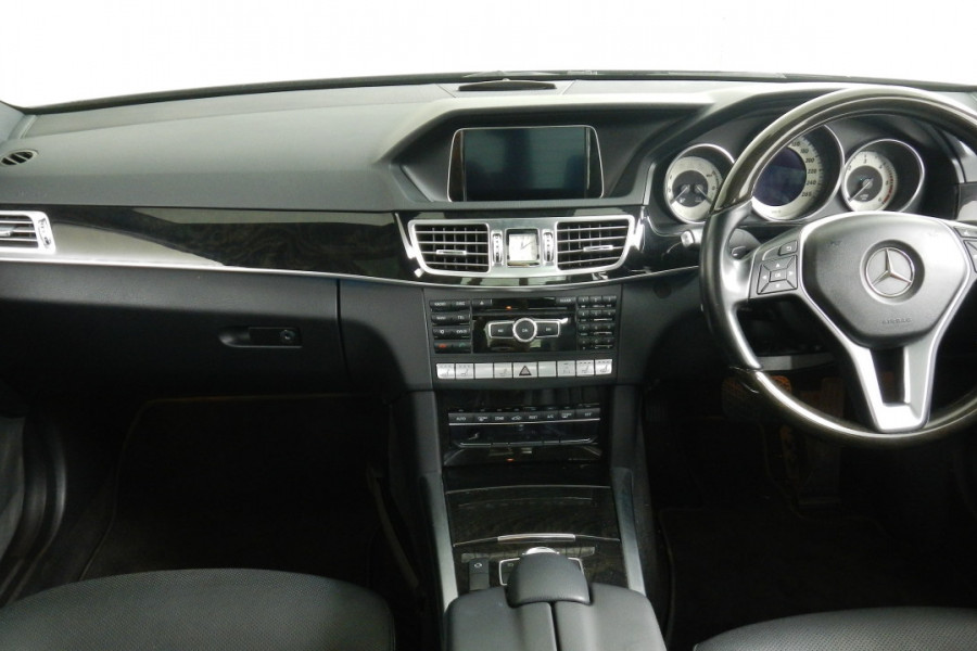 2013 Mercedes-Benz E300 W212 MY13 BlueTEC Sedan Mobile Image 9