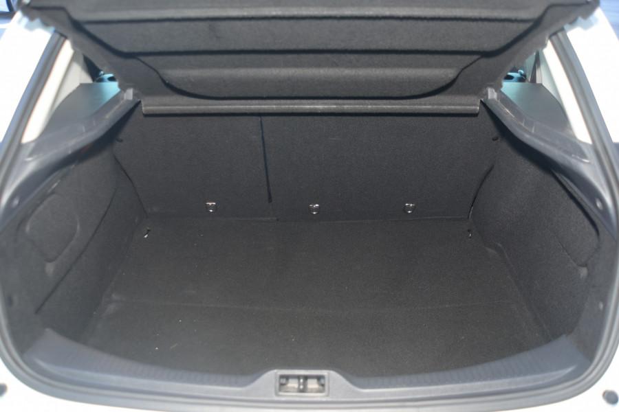 2013 Renault Megane III B95 MY13 GT-Line Hatchback Mobile Image 5