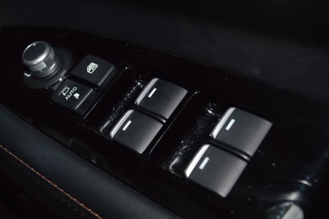2018 Mazda CX-5 GT 10 of 29