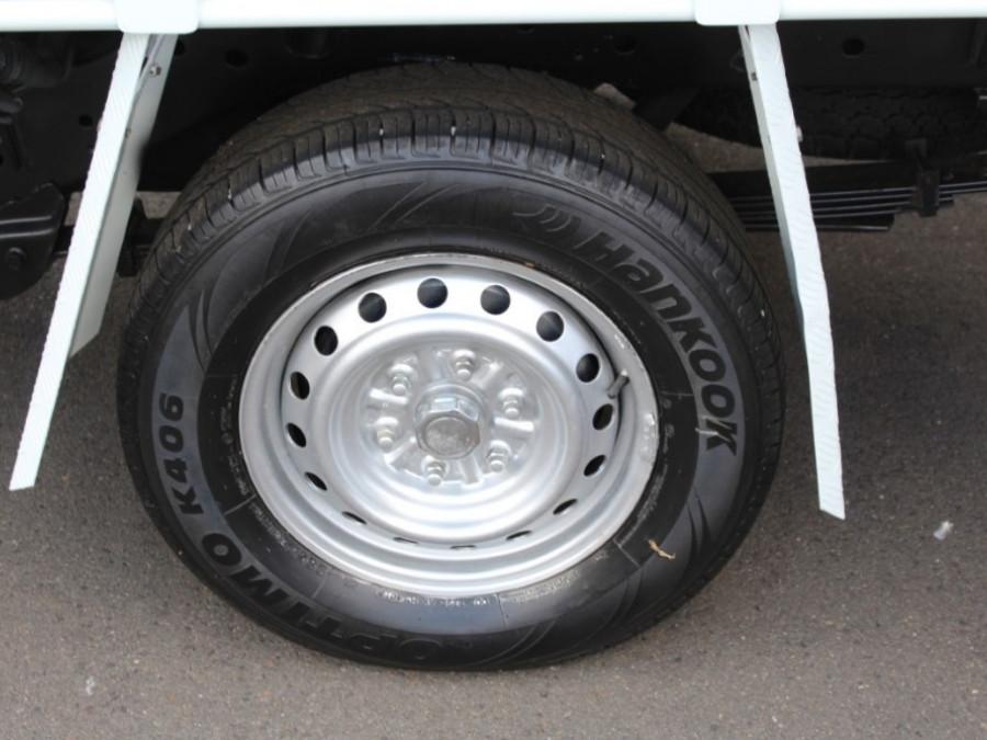 2010 Mitsubishi Triton MN  GL Cab chassis - single cab