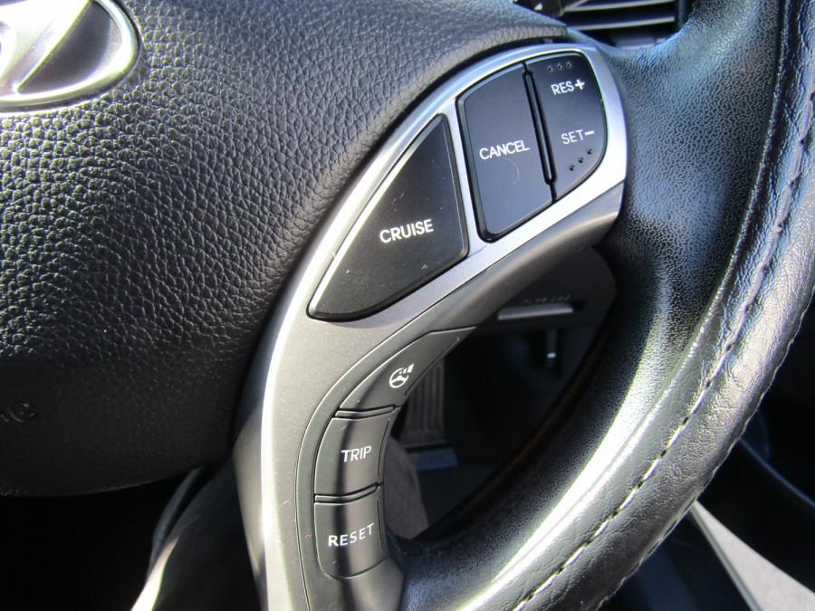 2013 MY14 Hyundai i30 GD2 Premium Hatchback Image 19