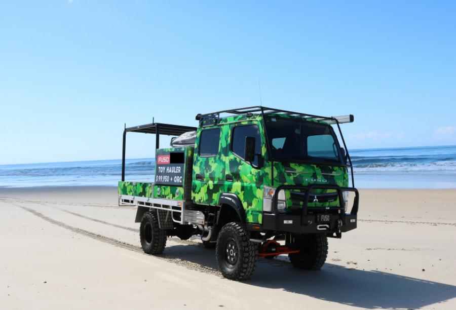 2019 Fuso Canter 4X4 CREW CAB TOY HAULER Toy hauler