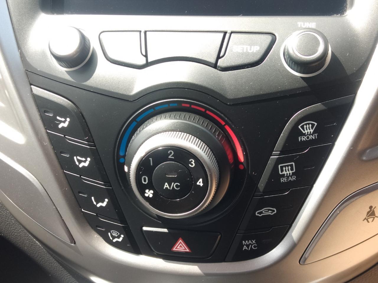 2012 Hyundai Veloster FS FS Hatchback Image 8