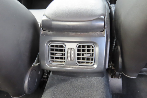 2046 Ford Xr6 FG XR6 Sedan Mobile Image 9