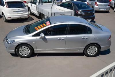 2008 Honda Civic 8th Gen MY08 VTi Sedan