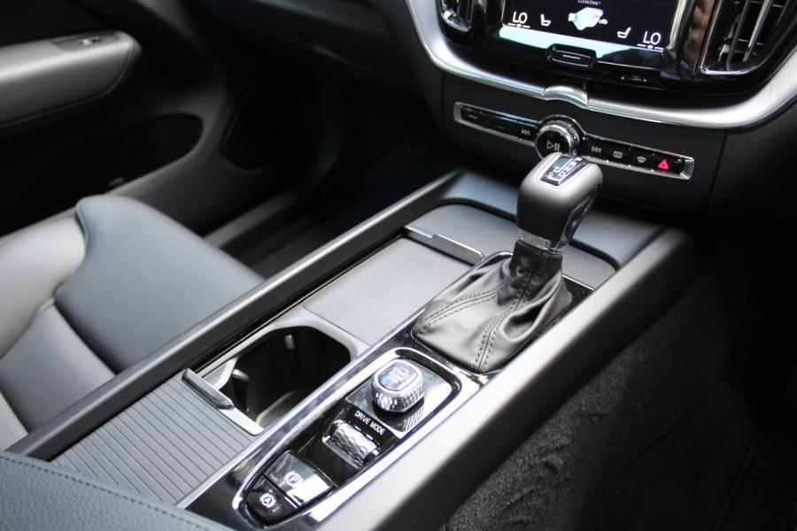 2021 Volvo XC60 UZ T5 Momentum Suv Image 16