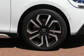 2017 Volvo V40 Cross Country M Series D4 Pro Hatchback