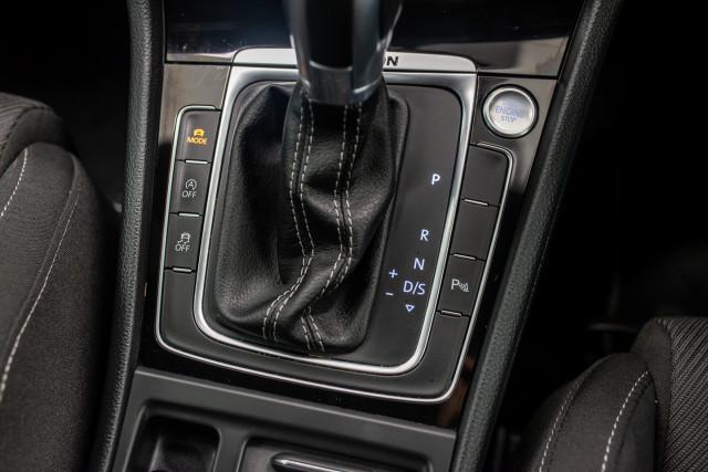 2017 MY18 Volkswagen Golf 7.5 R Grid Edition Hatch Image 28