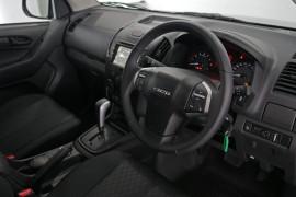 2019 Isuzu UTE D-MAX SX Crew Cab Chassis 4x4 Crew cab Image 4
