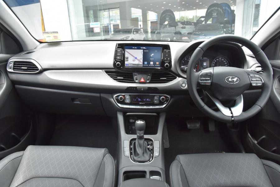 2019 Hyundai i30 PD2 Elite Hatchback Image 8