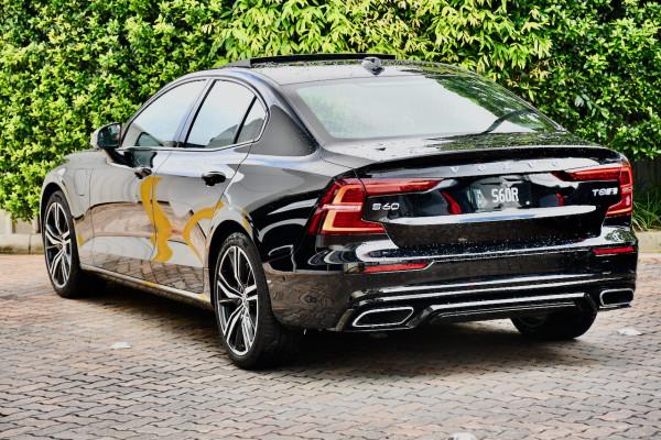 2019 MY20 Volvo S60 Z Series T8 R-Design Sedan Image 3