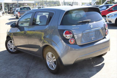 2013 Holden Barina TM MY13 CD Hatchback Image 3