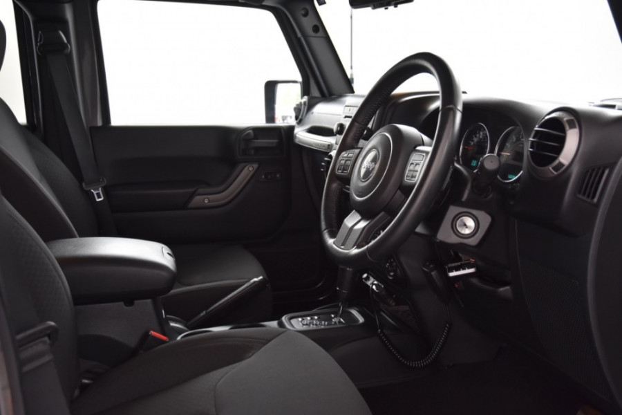 2016 Jeep Wrangler JK MY2016 Unlimited Softtop Image 7