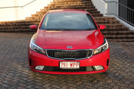 2016 MY17 Kia Cerato YD MY17 S Hatchback Image 2