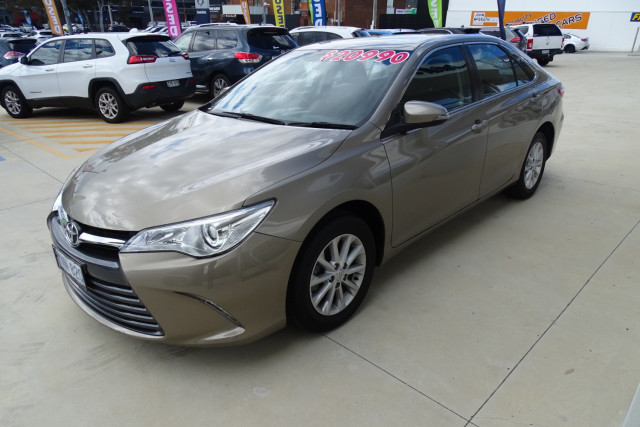 2017 Toyota Camry Altise