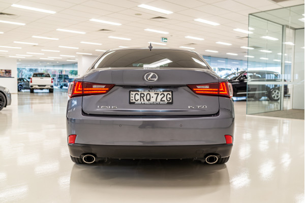 2013 Lexus Is GSE31R 350 Luxury Sedan Image 4