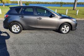 2012 Mazda 3 BL10F2 Neo Hatch Image 2