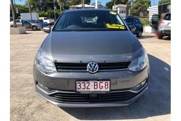 2017 Volkswagen Polo 6R  81TSI Comfrtline Hatchback Image 2