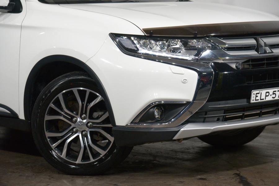 2016 Mitsubishi Outlander Exceed (4x4)