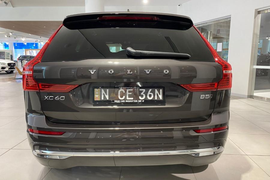 2022 Volvo XC60 B5 Inscription