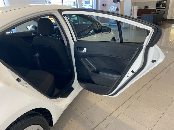 2016 MY17 Kia Cerato YD MY17 S Sedan Image 7