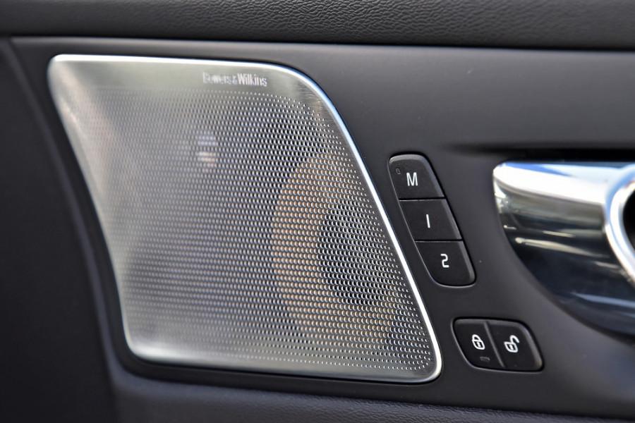 2020 Volvo S60 Z Series T5 Inscription Sedan Mobile Image 22